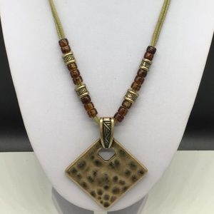 Premier Designs Gold Tone Pendant Necklace